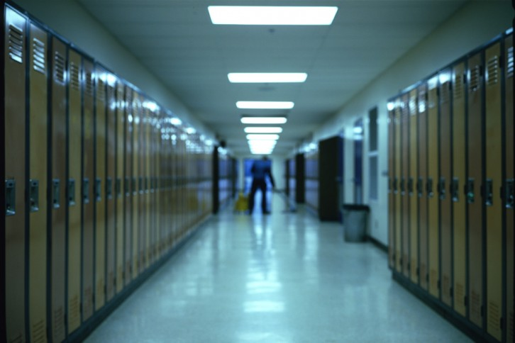 02_barth-hallway-half-focus004-webs